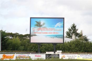 Panneau affichage géant publicitaire LED
